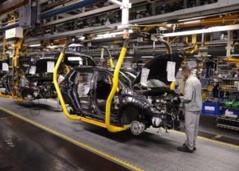 Jak Peugeot, Citroen i Opel pomagają w zmaganiach z koronawirusem?